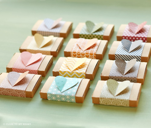 14-ai-accessories-heart-boxes